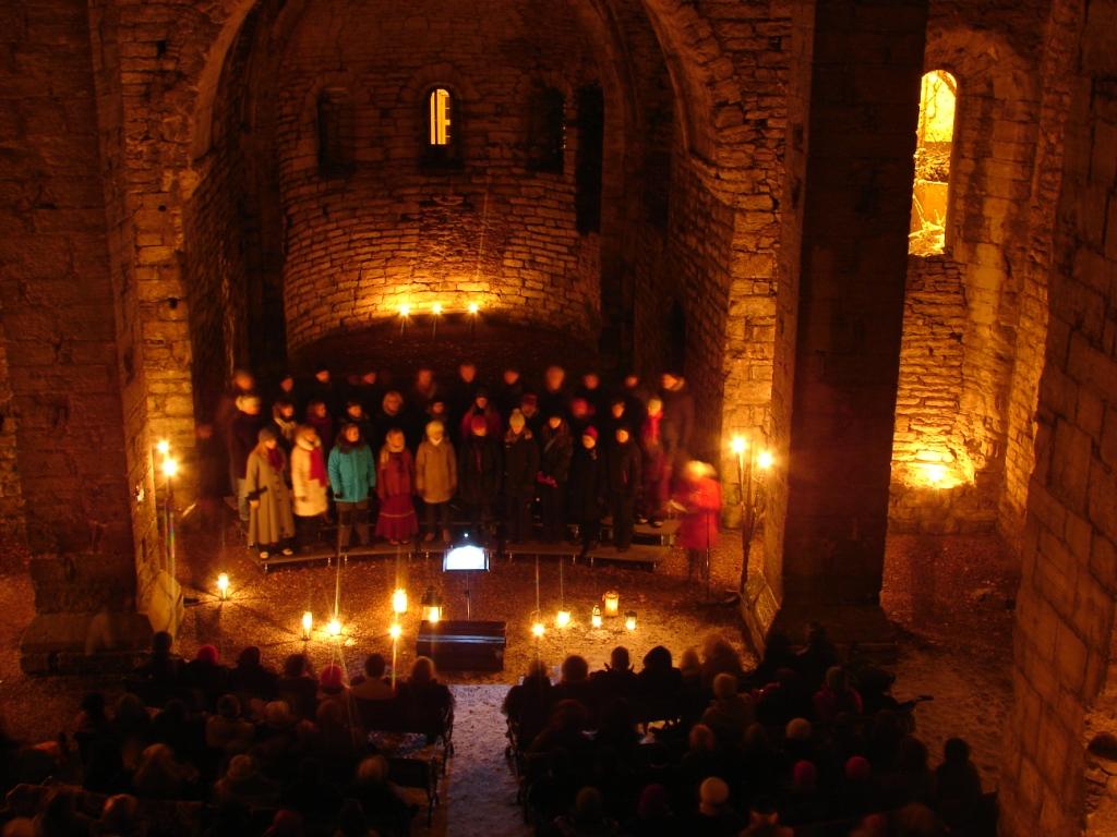 O Magnum Mysterium - julkonsert i St Lars ruin. Foto: Johanna Lindström